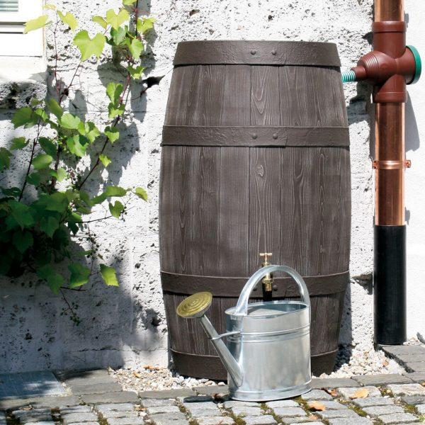 water butt 250 litre Barrique connected